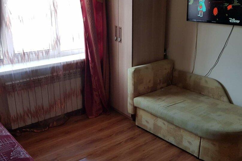 1-комн. квартира, 18 кв.м. на 3 человека, улица Надибаидзе, 28, Владивосток - Фотография 4