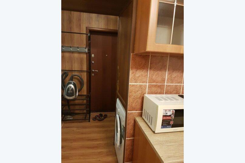 1-комн. квартира, 18 кв.м. на 3 человека, улица Надибаидзе, 28, Владивосток - Фотография 9