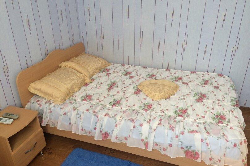 """Гостевой дом """"На Комсомольской 6"""", Комсомольская улица, 6 на 4 комнаты - Фотография 2"""