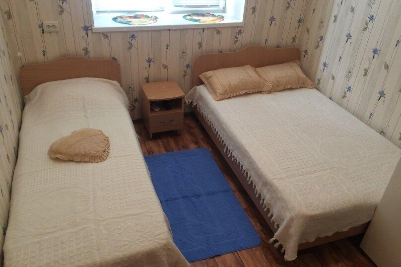 """Гостевой дом """"На Комсомольской 6"""", Комсомольская улица, 6 на 4 комнаты - Фотография 5"""