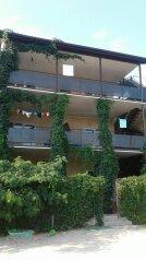 Гостевой дом , Таманская улица, 11 на 6 номеров - Фотография 1