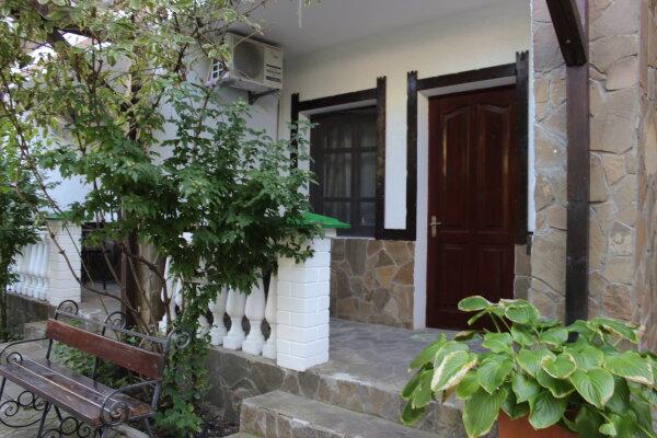 Гостевой дом, Татарская, 3 на 12 номеров - Фотография 1