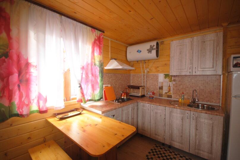 Гостевой дом , ,  на 2 комнаты - Фотография 8