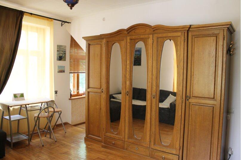 1-комн. квартира, 30 кв.м. на 3 человека, Среднеслободская улица, 15, Ялта - Фотография 12