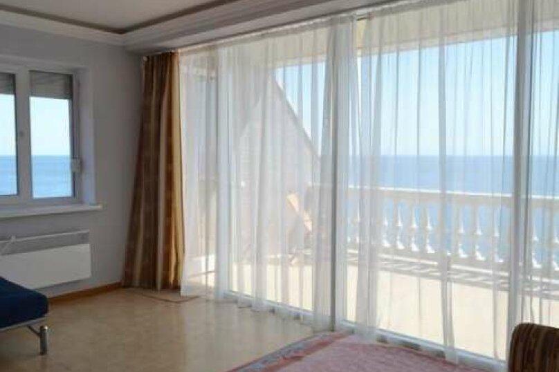 Двухэтажный пентхаус с двумя террасами, в 10 метрах от моря, улица Ленина, 35 на 2 номера - Фотография 18
