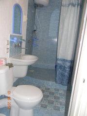 Коттедж для отдыха (без хозяев), 100 кв.м. на 8 человек, 4 спальни, пер Школьный, Коктебель - Фотография 2