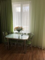 1-комн. квартира, 60 кв.м. на 6 человек, Адмиральский бульвар, 7Б, Феодосия - Фотография 1