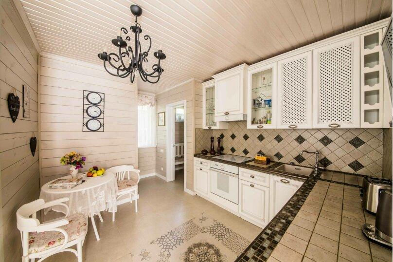 Загородный дом, 150 кв.м. на 6 человек, 2 спальни, Дроздово, Центральная улица, 23, Минск - Фотография 7