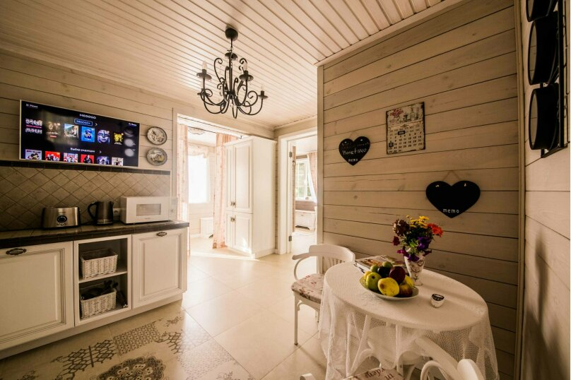 Загородный дом, 150 кв.м. на 6 человек, 2 спальни, Дроздово, Центральная улица, 23, Минск - Фотография 9