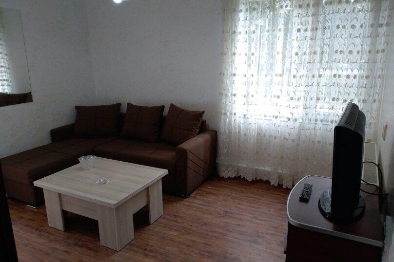 3-комн. квартира, 60 кв.м. на 6 человек, улица Шерифа Химшиашвили, 17, Батуми - Фотография 16
