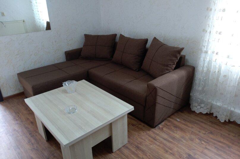 3-комн. квартира, 60 кв.м. на 6 человек, улица Шерифа Химшиашвили, 17, Батуми - Фотография 17