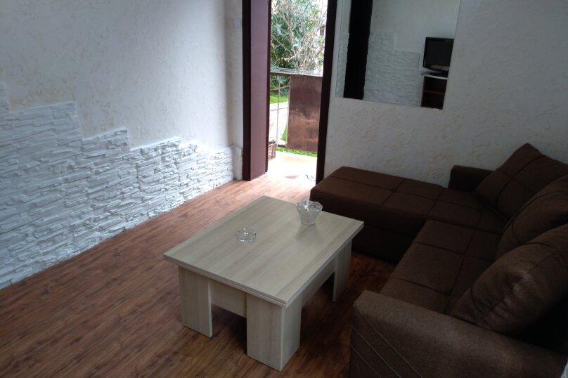 3-комн. квартира, 60 кв.м. на 6 человек, улица Шерифа Химшиашвили, 17, Батуми - Фотография 18