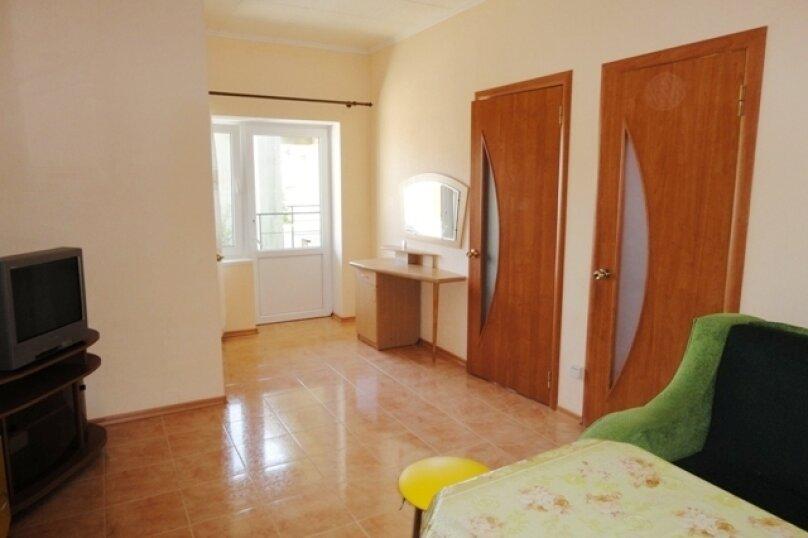 Двухкомнатный номер со всеми удобствами и кухней на 4-6 чел., улица Гуль-Тепе, 10, Судак - Фотография 4