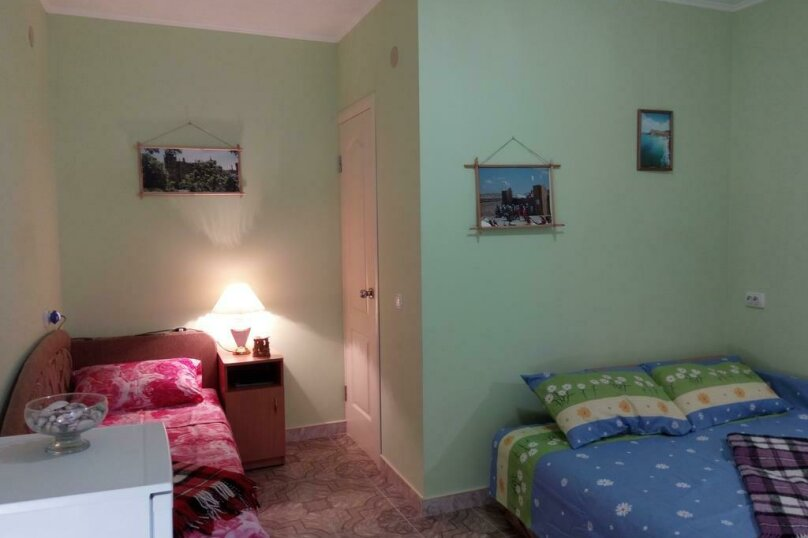 3-х местный номер с душем, Дачный переулок, 14, Феодосия - Фотография 10