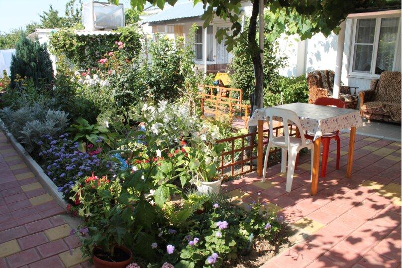 Гостевой дом Черномор, Черноморская улица, 123 на 8 комнат - Фотография 3