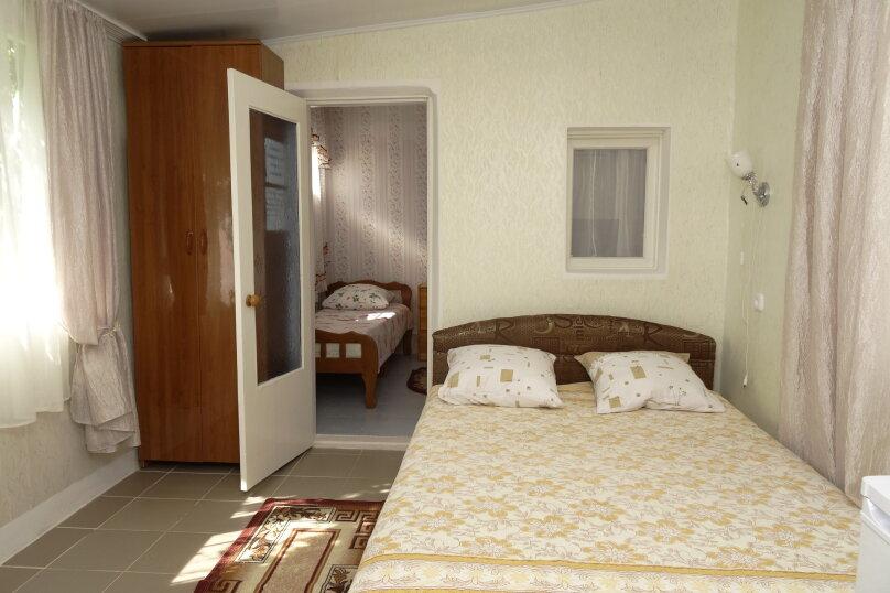 Гостевой дом Черномор, Черноморская улица, 123 на 8 комнат - Фотография 22