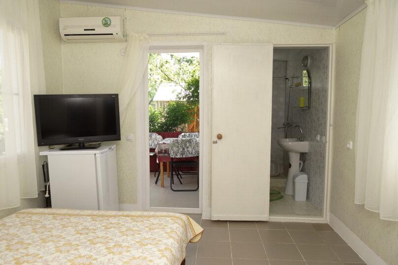 Гостевой дом Черномор, Черноморская улица, 123 на 8 комнат - Фотография 23