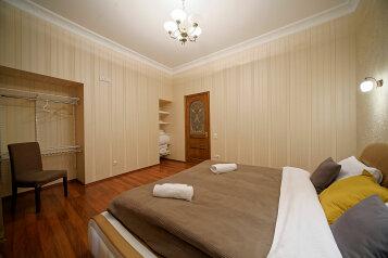 3-комн. квартира, 120 кв.м. на 2 человека, улица Чехова, Санкт-Петербург - Фотография 3