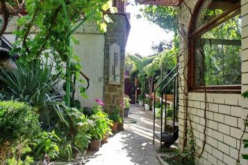 Гостевой дом, улица Танкистов, 24 на 3 номера - Фотография 1