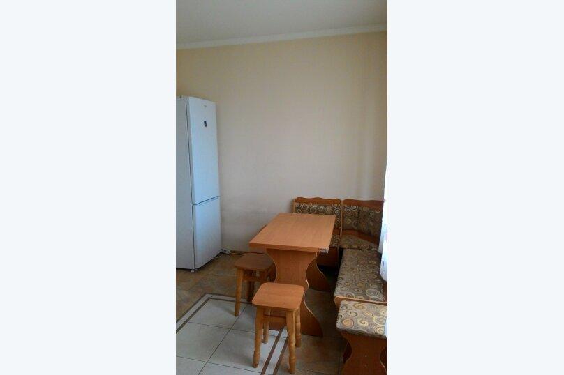 Дом, 250 кв.м. на 15 человек, 5 спален, Чонгарская, 17, Симферополь - Фотография 3
