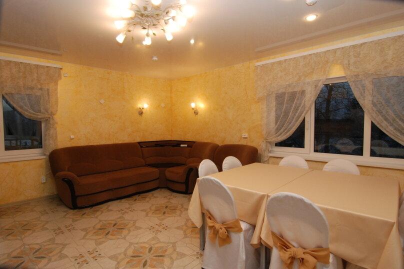 Коттедж, 150 кв.м. на 12 человек, 4 спальни, деревня Раздолье, Береговая, 1, Санкт-Петербург - Фотография 13