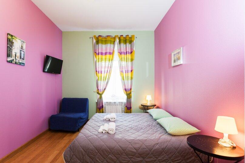 Трехместная комната, улица Моховая, 39, метро Гостиный Двор, Санкт-Петербург - Фотография 1