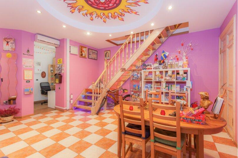 Итальянские комнаты и апартаменты Пио на Моховой, улица Моховая, 39 на 14 номеров - Фотография 6