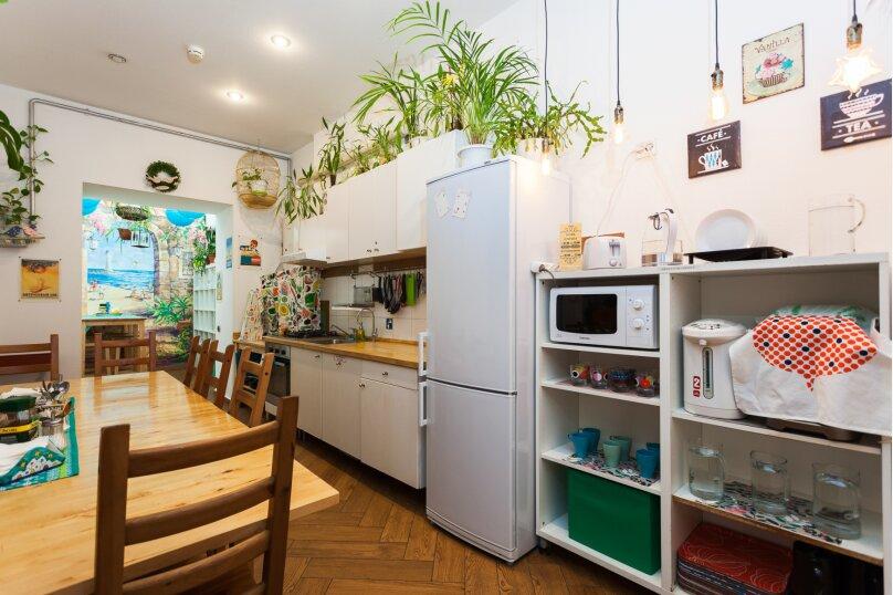 Итальянские комнаты и апартаменты Пио на Моховой, улица Моховая, 39 на 14 номеров - Фотография 13