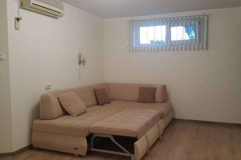 Дом, 60 кв.м. на 5 человек, 2 спальни, улица Калинина, 28, Алупка - Фотография 14