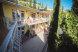 """Номер 8. Стандарт. Второй этаж., мкрн """"Волна"""" восточная набережная, Алушта с балконом - Фотография 1"""