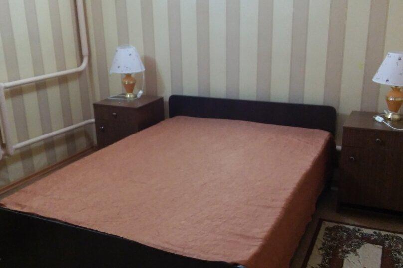 Дом, 60 кв.м. на 5 человек, 1 спальня, Космонавтов, 12, Голубицкая - Фотография 12