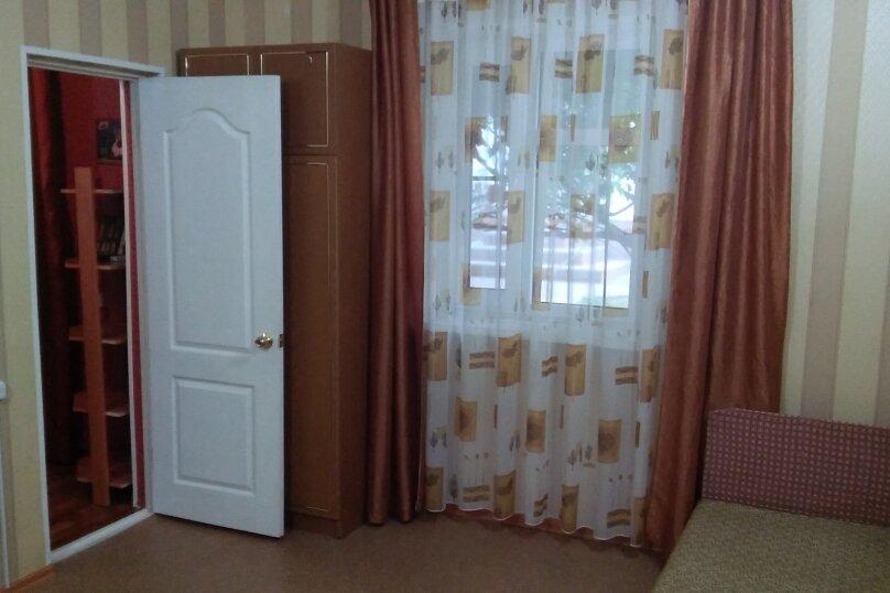 Дом, 60 кв.м. на 5 человек, 1 спальня, Космонавтов, 12, Голубицкая - Фотография 13