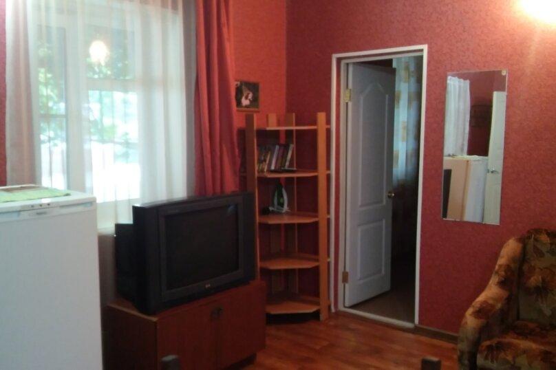 Дом, 60 кв.м. на 5 человек, 1 спальня, Космонавтов, 12, Голубицкая - Фотография 15