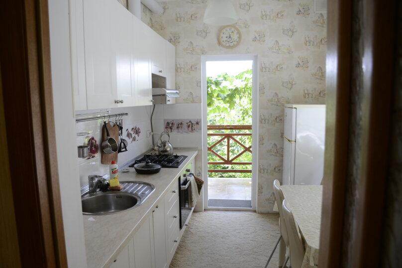 """Гостевой дом """"Капитанская дача"""", улица Саранчева, 14 на 5 комнат - Фотография 15"""