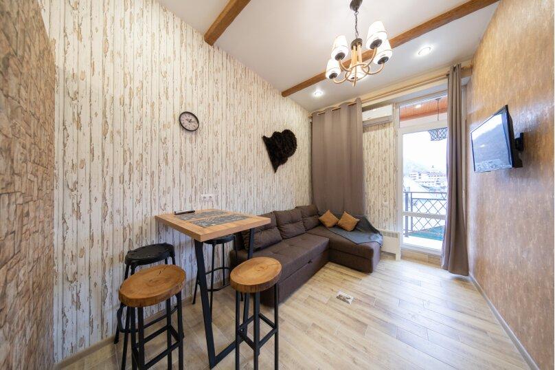 2-комн. квартира, 38 кв.м. на 4 человека, Автомобильный переулок, 58-А, Горки Город - Фотография 1