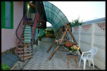 Гостевой дом, улица Ленина, 15 на 15 комнат - Фотография 1