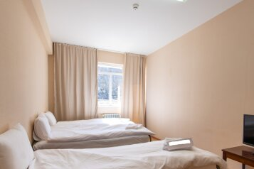 1-комн. квартира, 39 кв.м. на 5 человек, Эстонская улица, 37к7, Эстосадок, Красная Поляна - Фотография 1