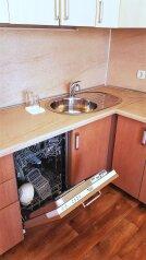 2-комн. квартира, 65 кв.м. на 6 человек, проспект Дзержинского, 221, Новороссийск - Фотография 3