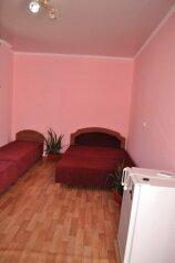Дом, 120 кв.м. на 10 человек, 3 спальни, улица Шакир Селим, 8, Судак - Фотография 4