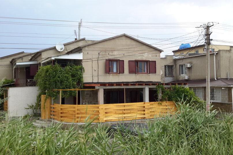 Дом, 64 кв.м. на 9 человек, 3 спальни, Морская, 24б, Поповка - Фотография 1