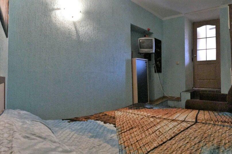"""Гостевой дом """"Артик Джульетта"""", Революционная улица, 132/3 на 9 комнат - Фотография 14"""