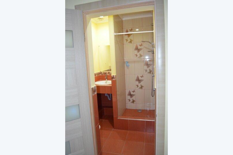 """Гостиница """"На Саранчева 2"""", улица Саранчева, 2 на 8 комнат - Фотография 7"""