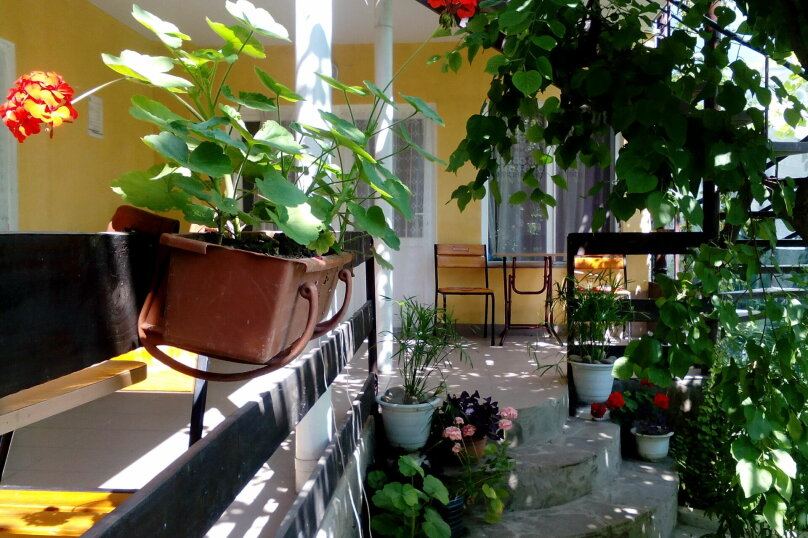 """Гостевой дом """"Ясень"""", улица 1 Мая, 52 на 12 комнат - Фотография 12"""