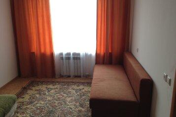 1-комн. квартира, 36 кв.м. на 4 человека, Почтовая улица, 4, Салехард - Фотография 4