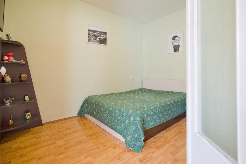 1-комн. квартира, 35 кв.м. на 4 человека, улица Чехова, 11-13, Санкт-Петербург - Фотография 2