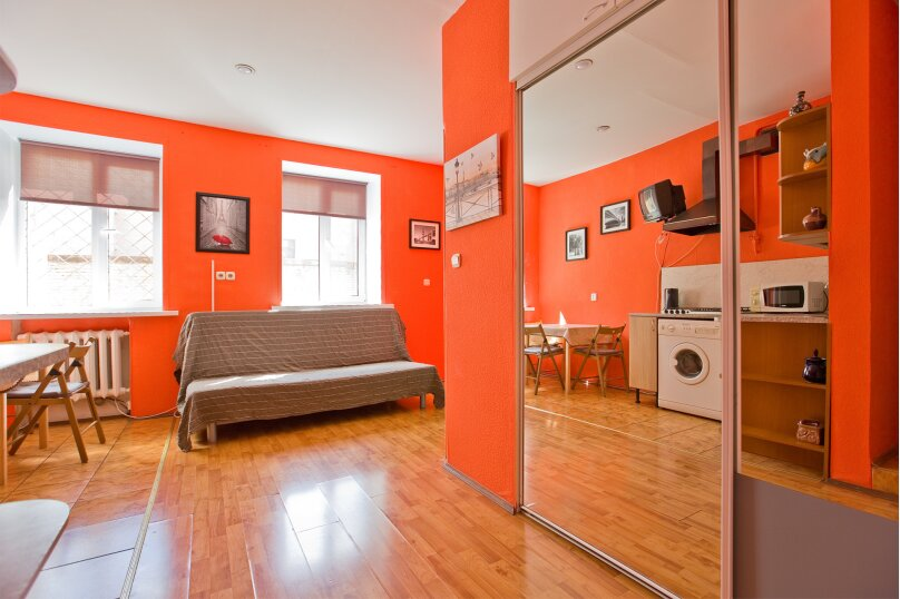 1-комн. квартира, 35 кв.м. на 4 человека, улица Чехова, 11-13, Санкт-Петербург - Фотография 1