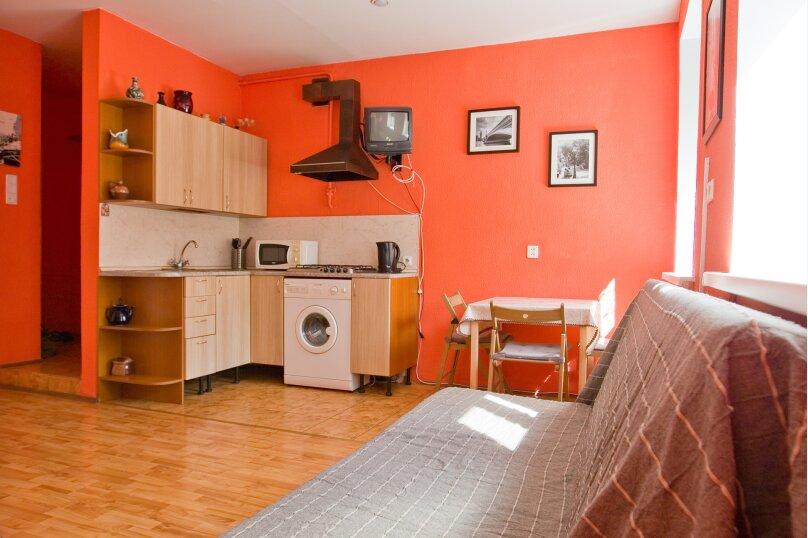 1-комн. квартира, 35 кв.м. на 4 человека, улица Чехова, 11-13, Санкт-Петербург - Фотография 9