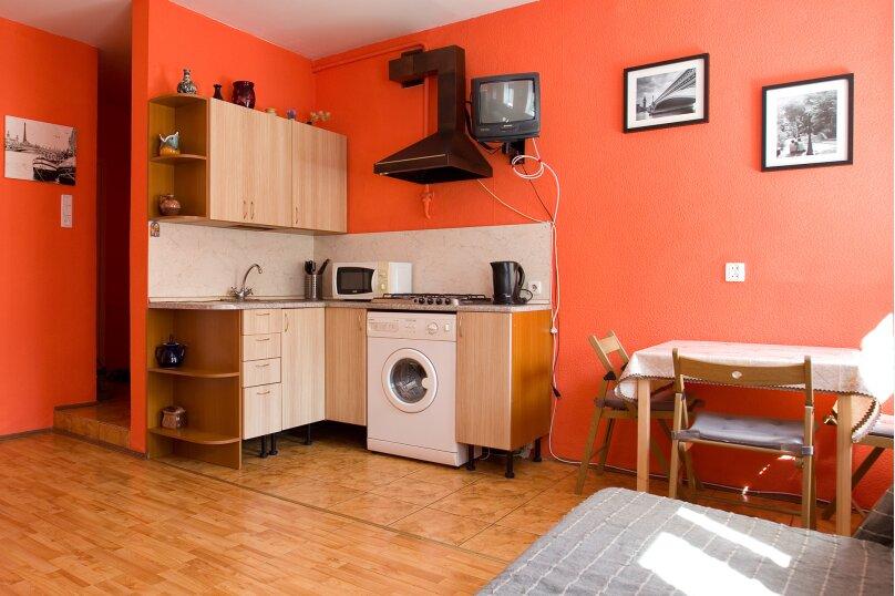 1-комн. квартира, 35 кв.м. на 4 человека, улица Чехова, 11-13, Санкт-Петербург - Фотография 10