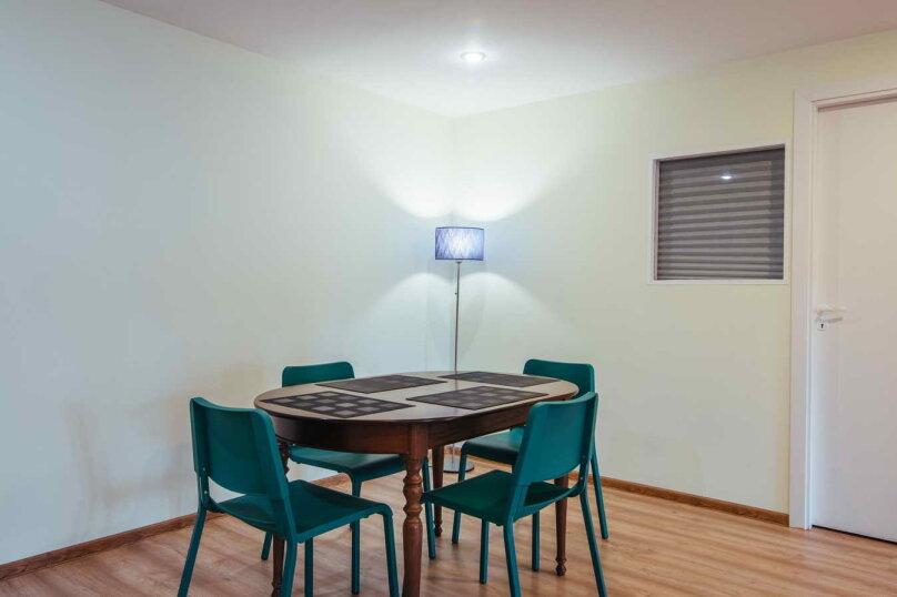 3-комн. квартира, 90 кв.м. на 6 человек, Невский проспект, 32, Санкт-Петербург - Фотография 12