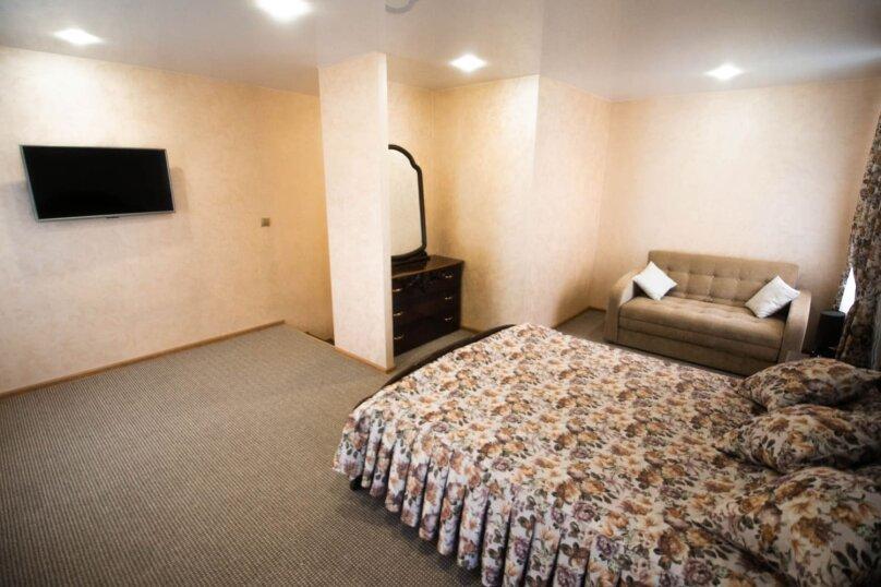Гостиница 926127, улица Кузьмы Мухлынина, 10 на 10 комнат - Фотография 4